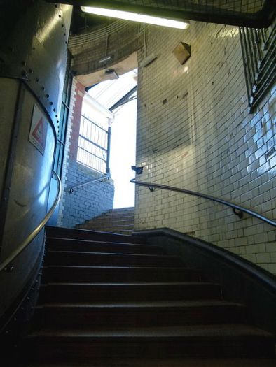 London,_North-Woolwich,_Woolwich_foot_tunnel_stairs