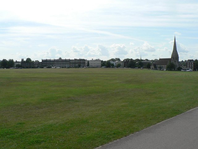 Blackheath,_looking_south_-_geograph.org.uk_-_493184