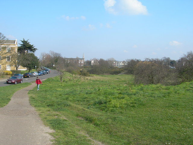 Blackheath_near_Vanbrugh_Park_-_geograph.org.uk_-_378005